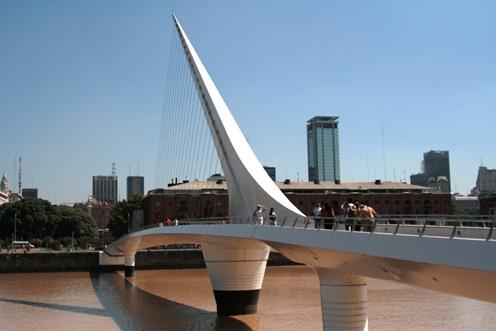 Puente de la mujer (Ponte da Mulher), em Puerto Madero